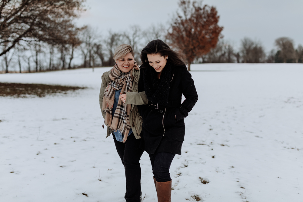 lehigh-valley-photograph-engagement-session-at-louise-w-moore-county-park