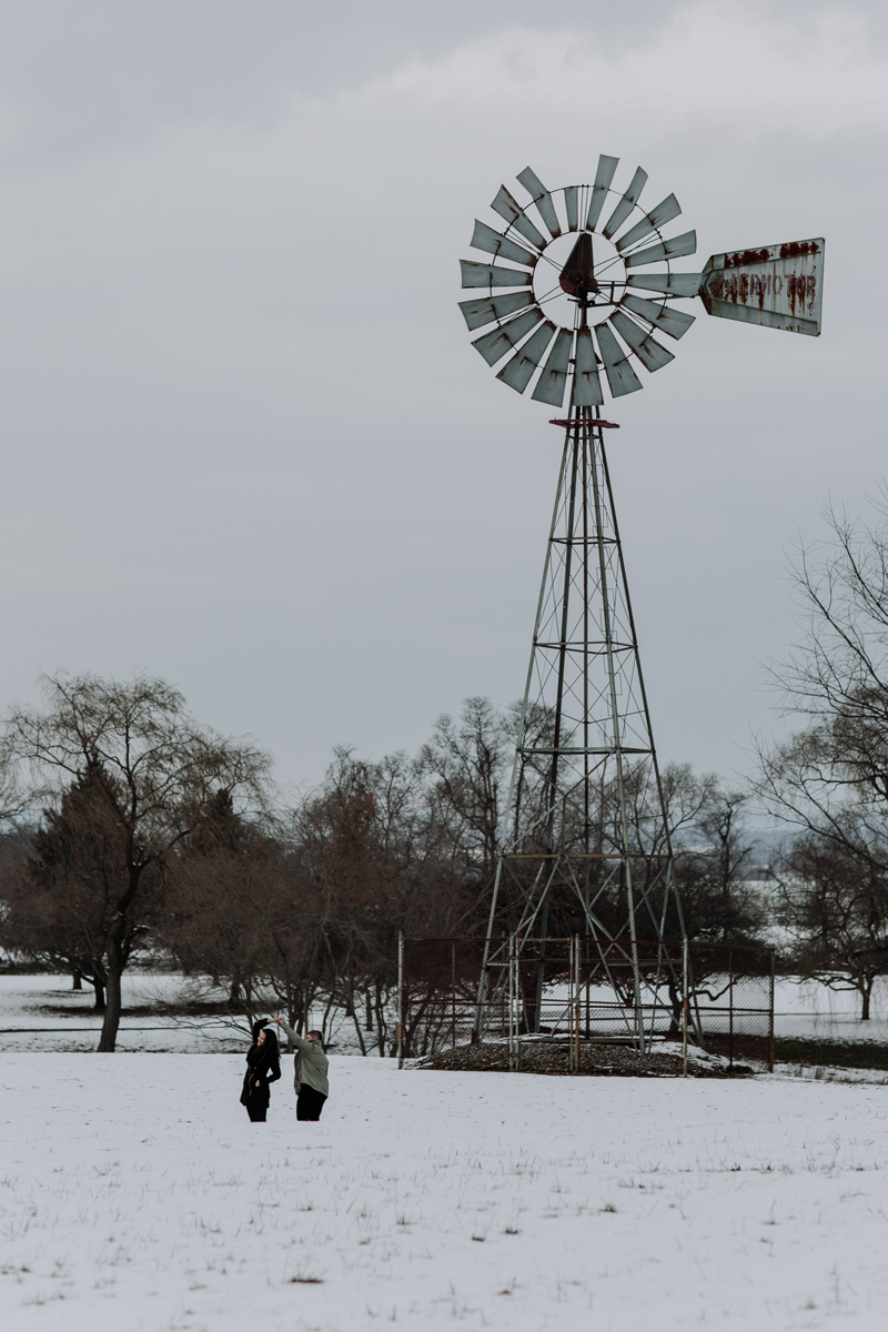 philadelphia-wedding-engagement-photographers-louise-moore-county-park-7