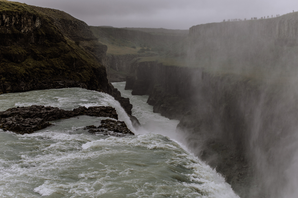 gullfoss-waterfall-fjall-iceland-spray