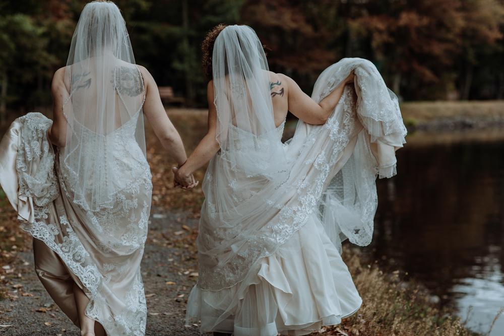lgbtq-lehigh-valley-poconos-wedding-photographers-candid-2