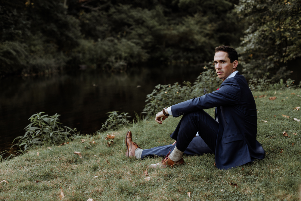 lehigh-valley-style-wedding-photographer-groom-cool