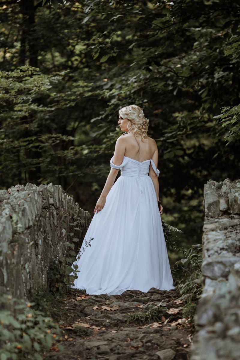lehigh-valley-style-wedding-photographer-bride-2