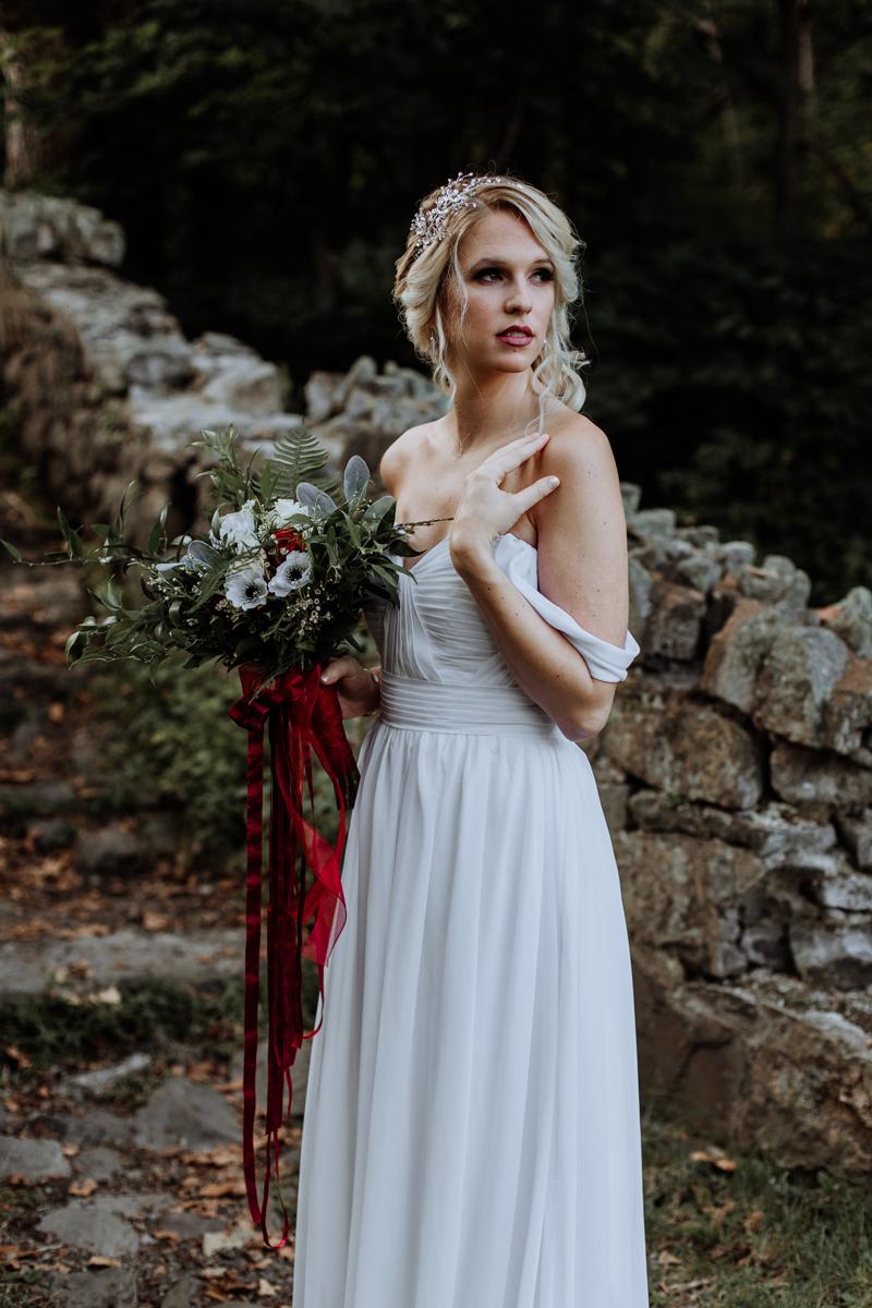 lehigh-valley-style-wedding-photographer-bride-portraits