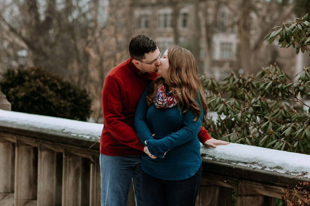 local-lehigh-valley-university-engagement-photographers-2