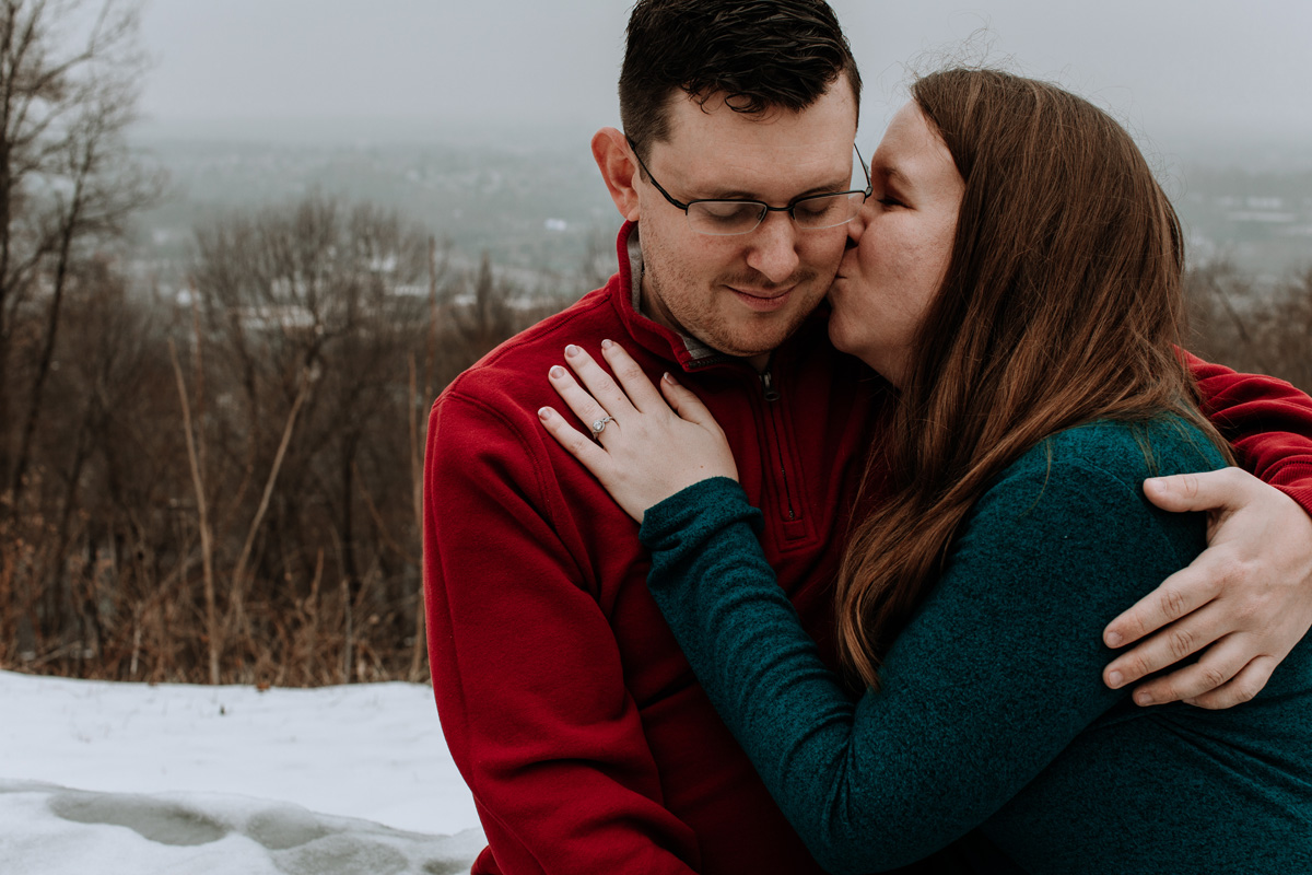 local-lehigh-valley-university-lookout-engagement-photographers-3