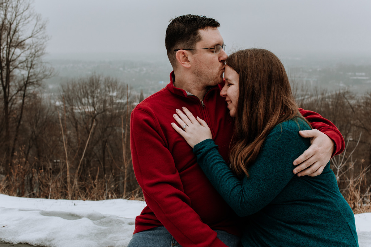 local-lehigh-valley-university-lookout-engagement-photographers-4