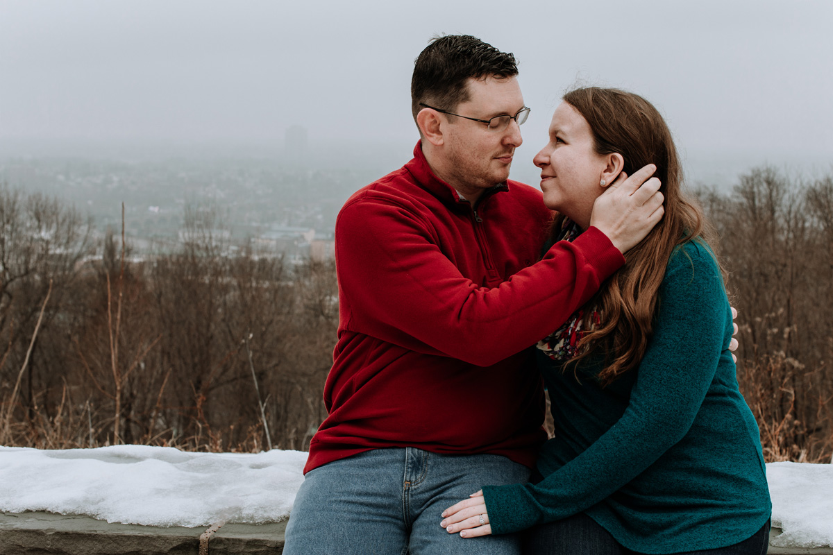 local-lehigh-valley-university-lookout-engagement-photographers-5