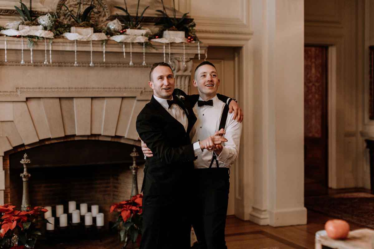 local-lehigh-valley-wedding-photographer-cairnwood-estate-candid-6