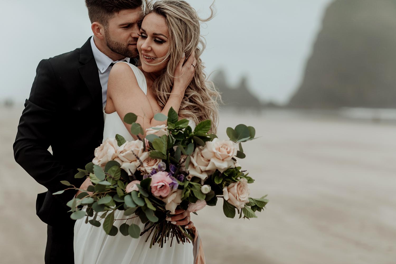 cannon-beach-oregon-bridal-couple-photography-shoot