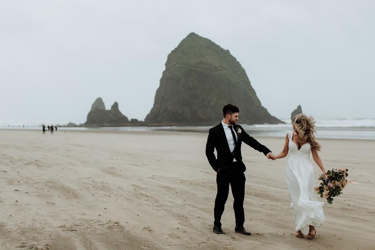 lehigh-valley-wedding-photographers-travel-to-cannon-beach-oregon