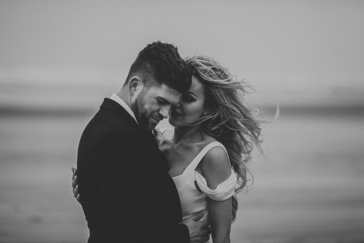 portland-oregon-cannon-beach-wedding-photographers