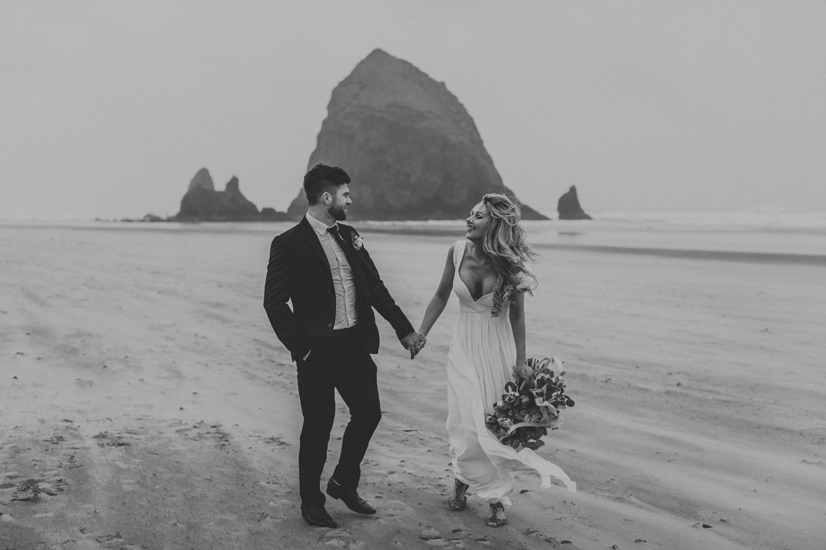 canon-beach-engagement-photography