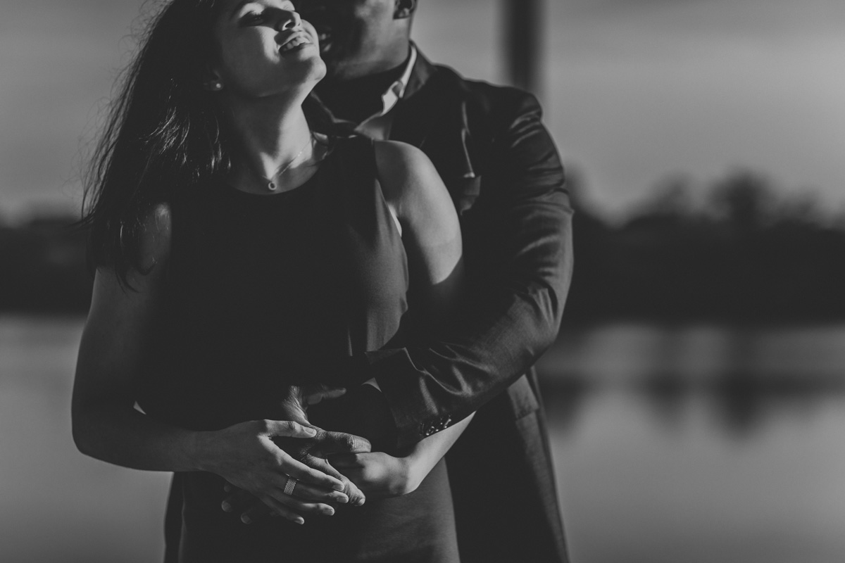 passionate-washington-dc-engagement-photography