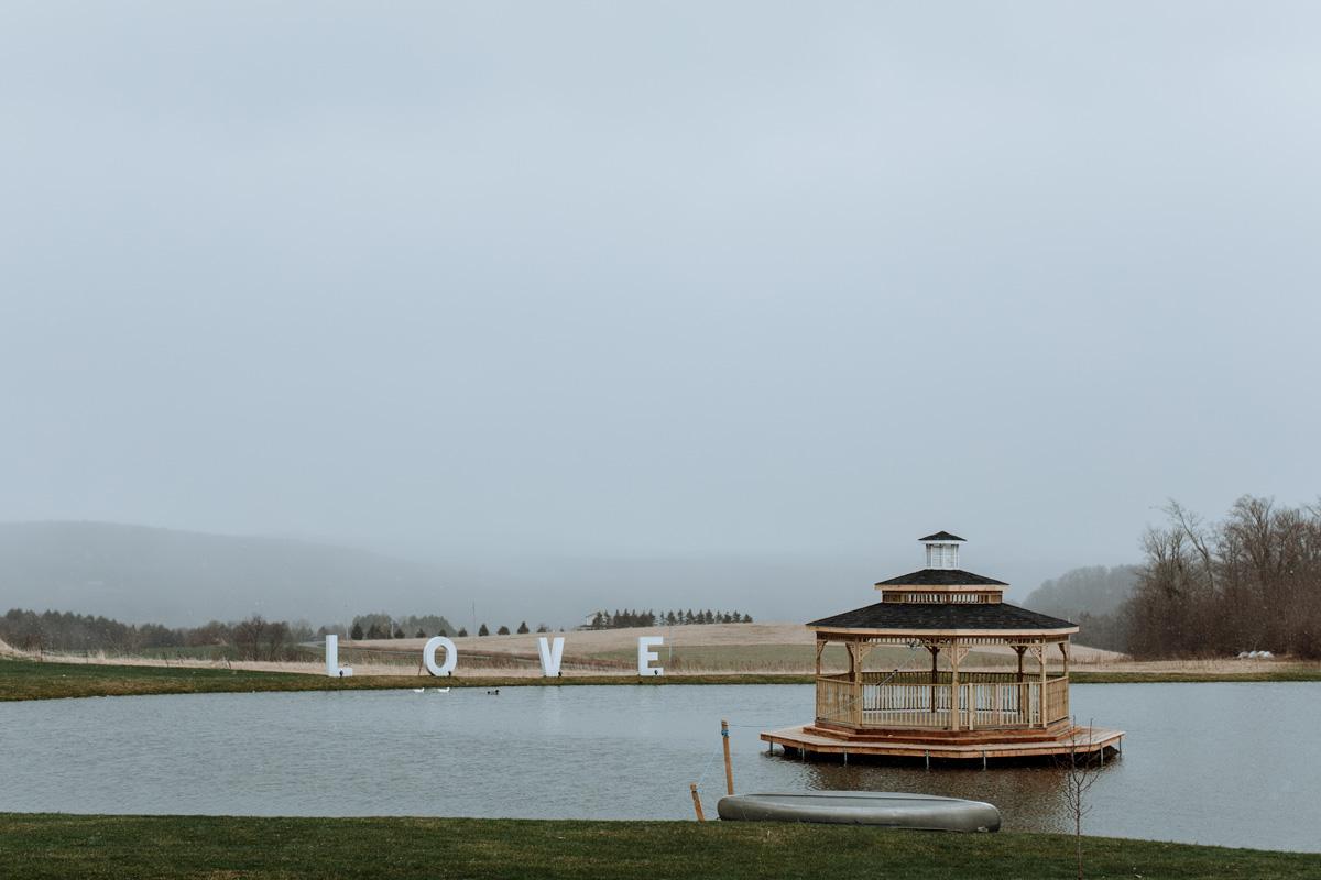 gilbertsville-farmhouse-love-lake
