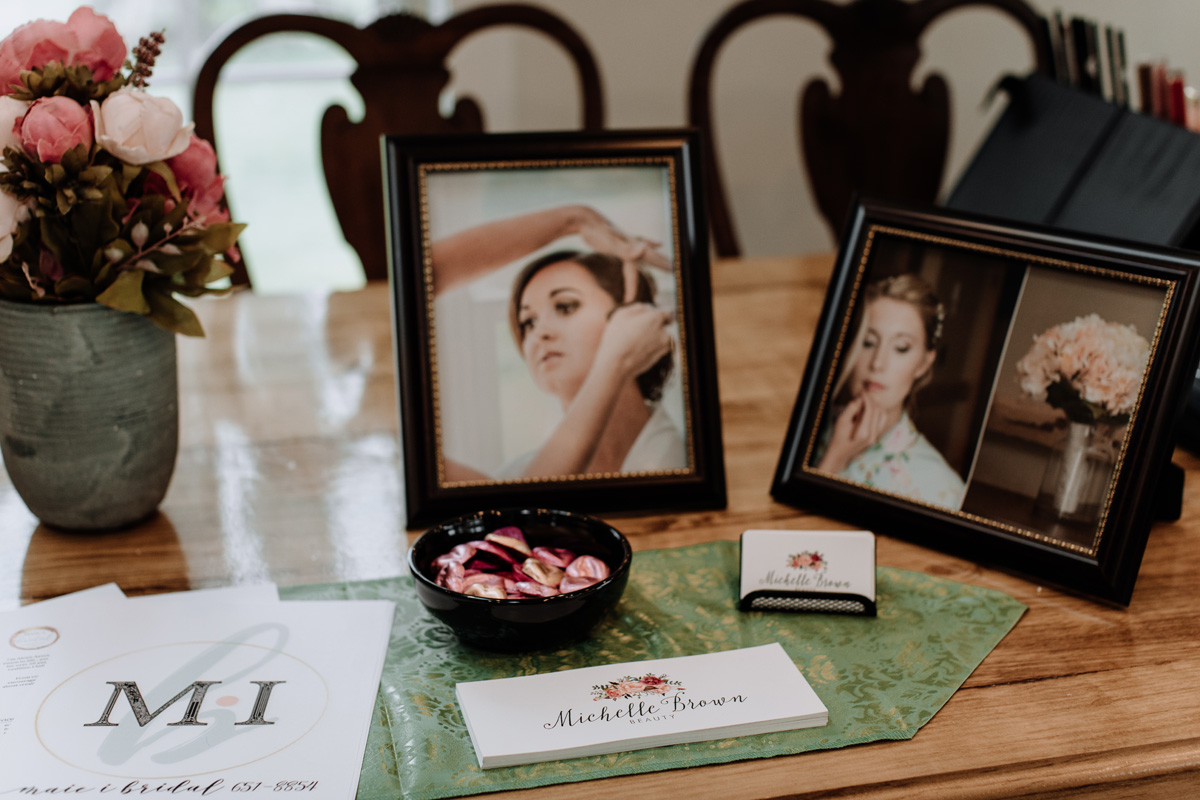 gilbertsville-farmhouse-sage-bridal-experience-getting-ready-details