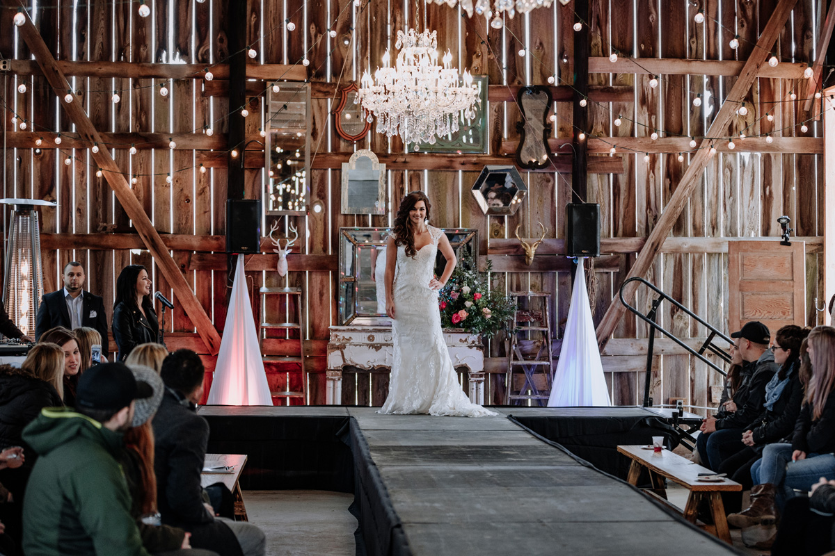 gilbertsville-farmhouse-sage-luxe-bridal-show-2018-fashion-show-wedding-dress