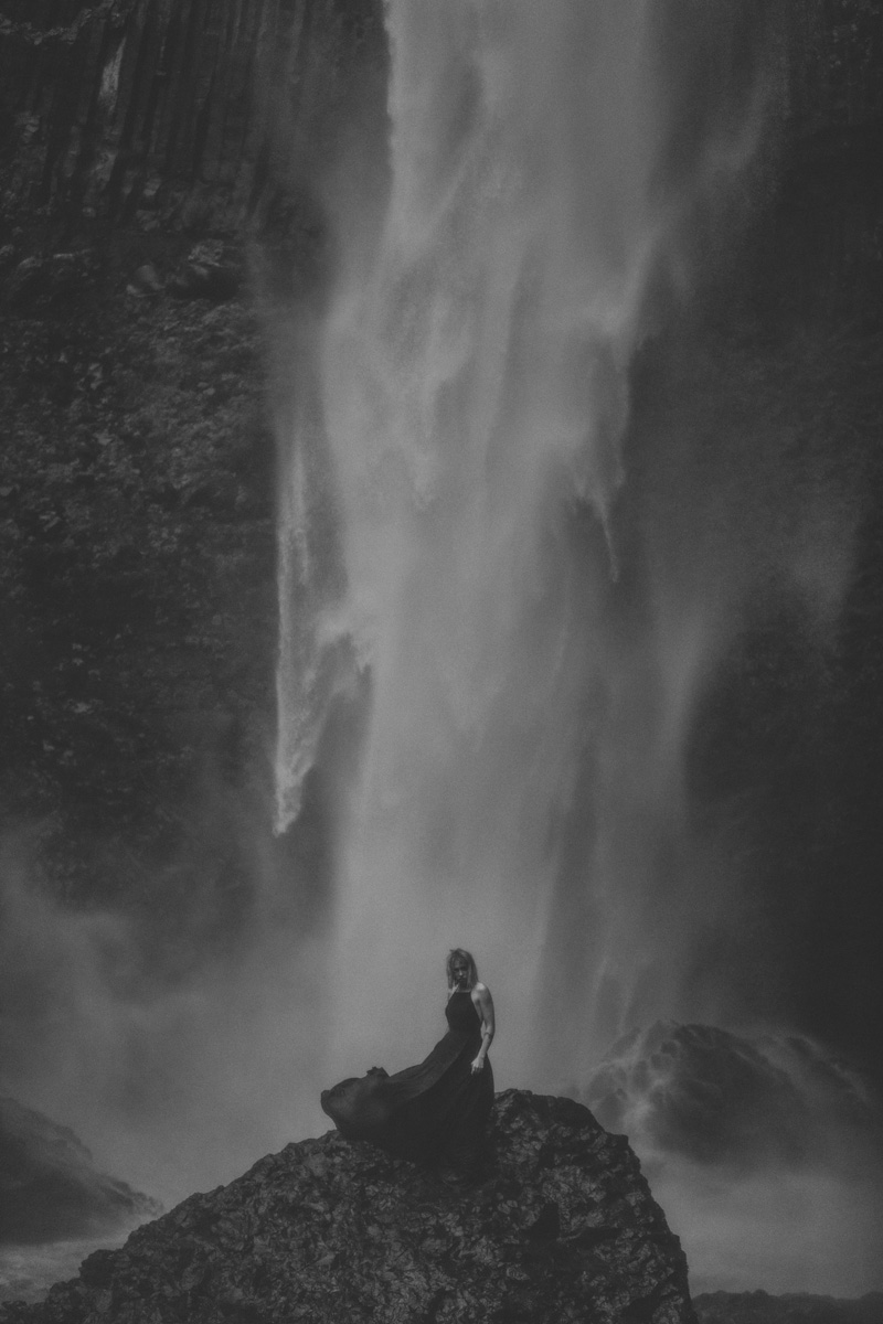 best-travel-portrait-photography-latoural-falls-model-3