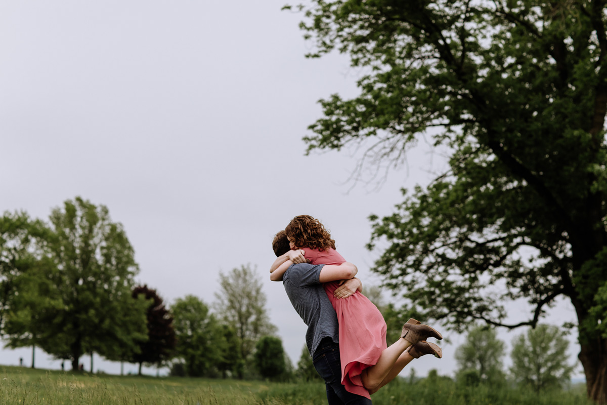 valley-forge-pa-engagement-session-photography-7