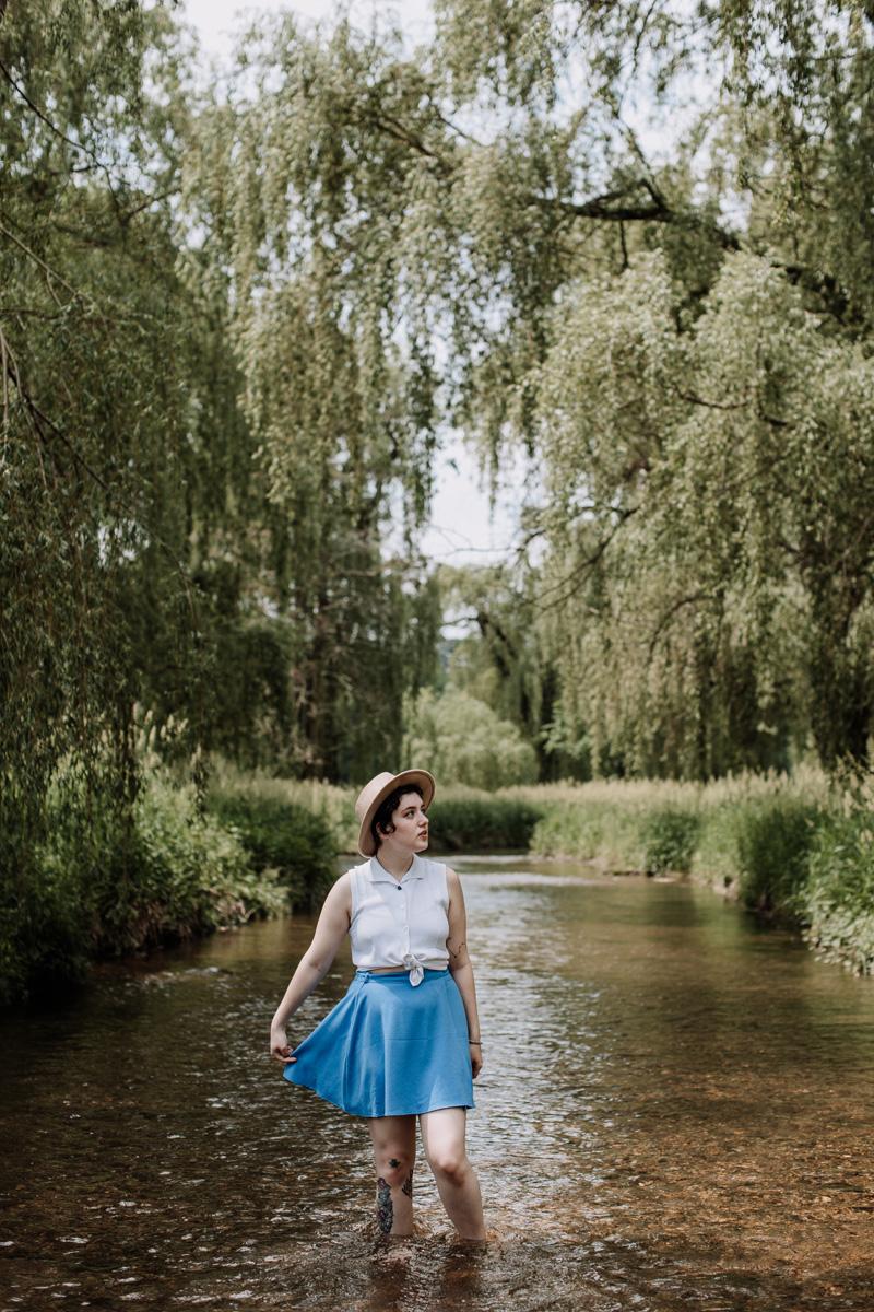 allentown-rose-garden-portrait-photography-stream