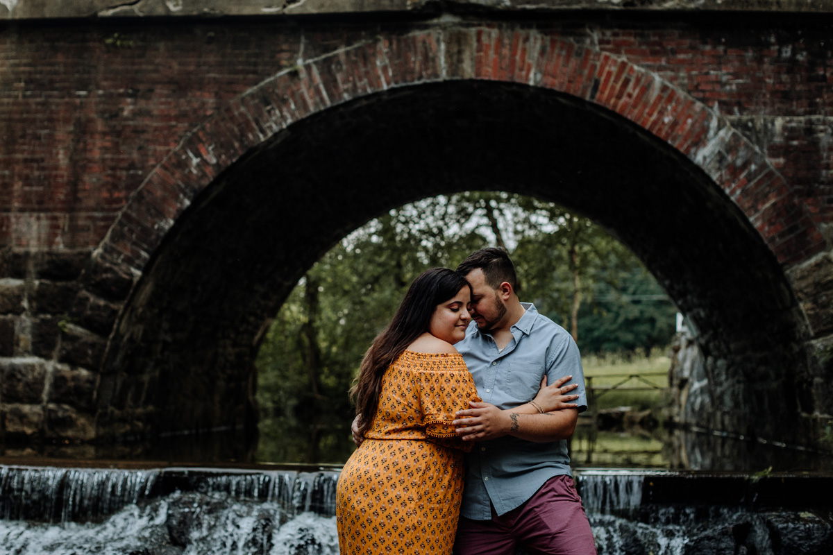 lock-ridge-park-alburtis-photography-engaged-couple