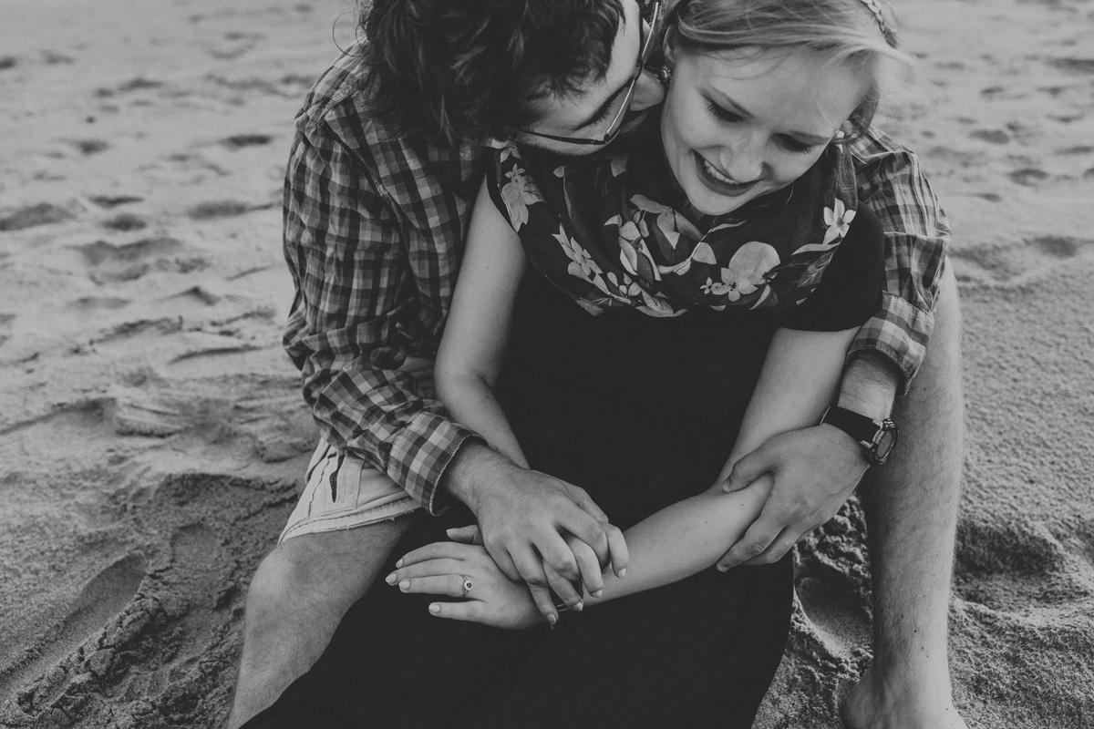 cedar-point-beach-sandusky-ohio-engagement-photographer-3