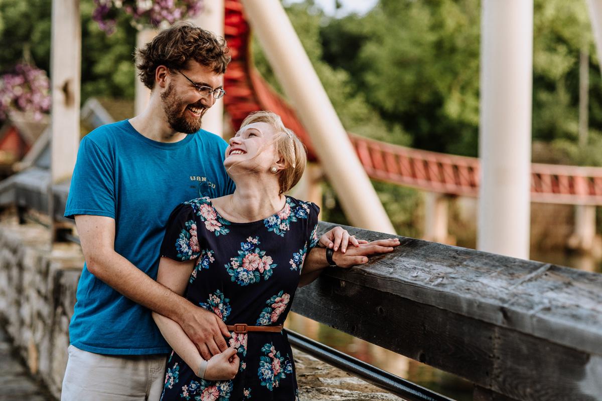 cedar-point-beach-sandusky-ohio-engagement-photographers