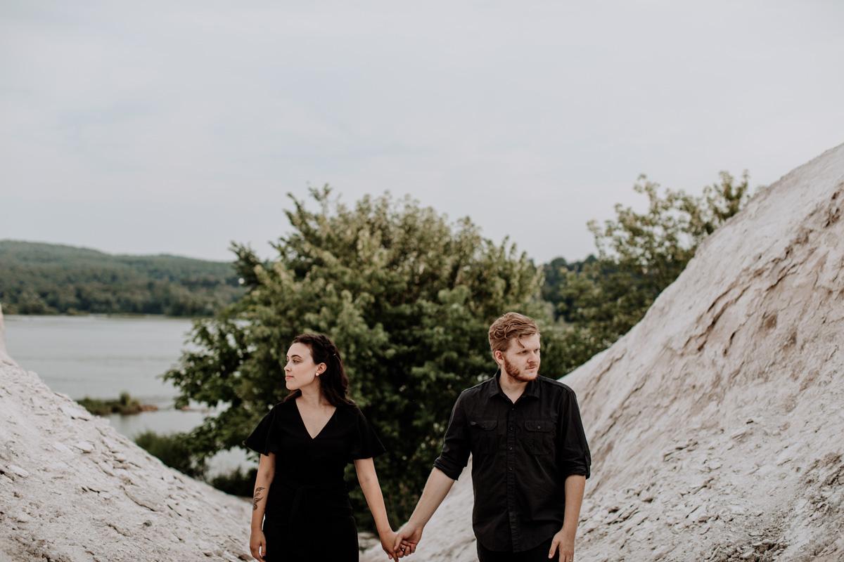 white-cliffs-of-conoy-lancaster-engagement-photography-3