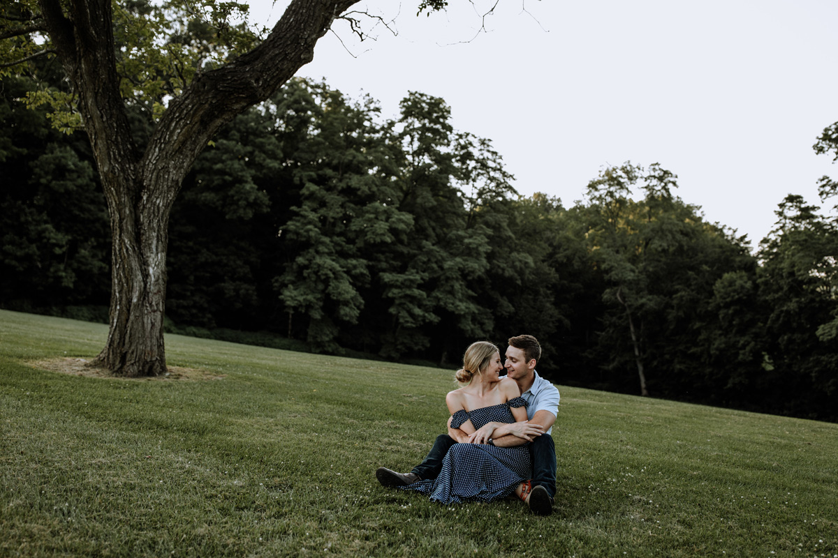 nazareth-borough-park-lehigh-valley-engagement-photography-4