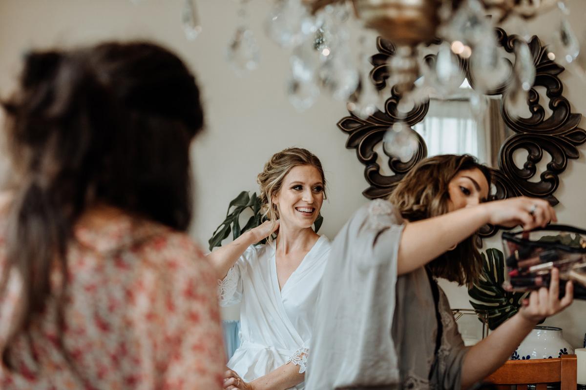 lehigh-valley-wedding-photography-bride-getting-ready