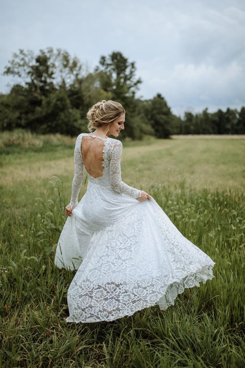 wear-your-love-indigo-bride-dress-traveling-wedding-photographer