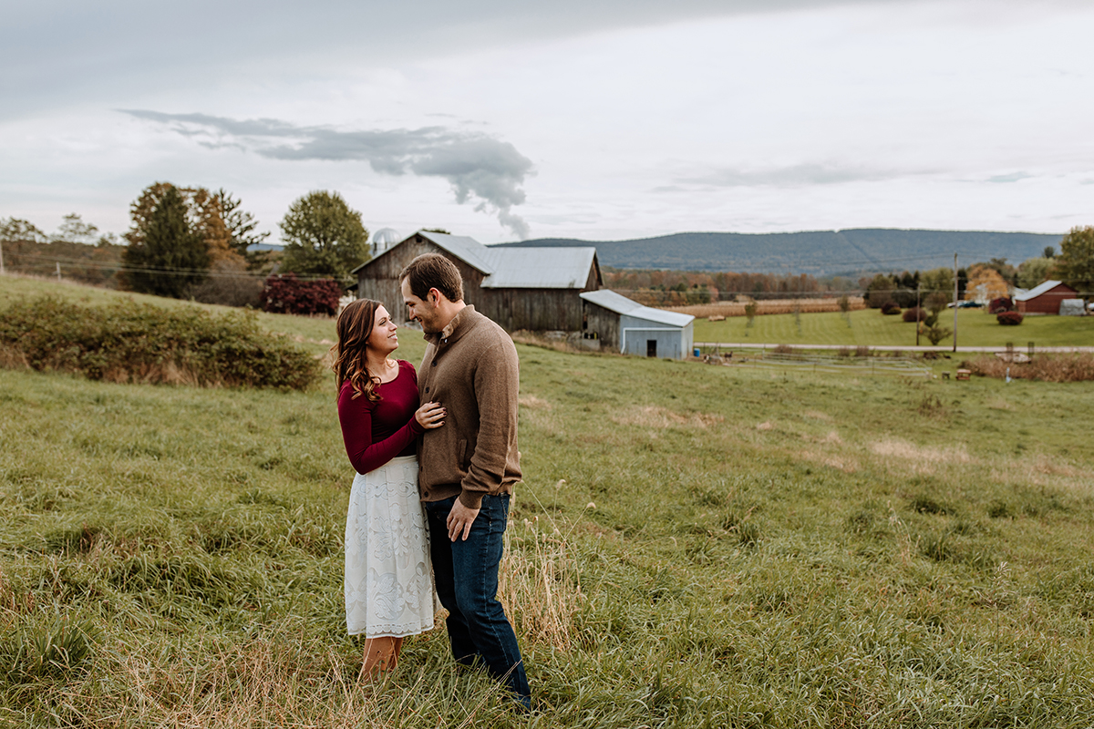 pa-farm-engagement-photography