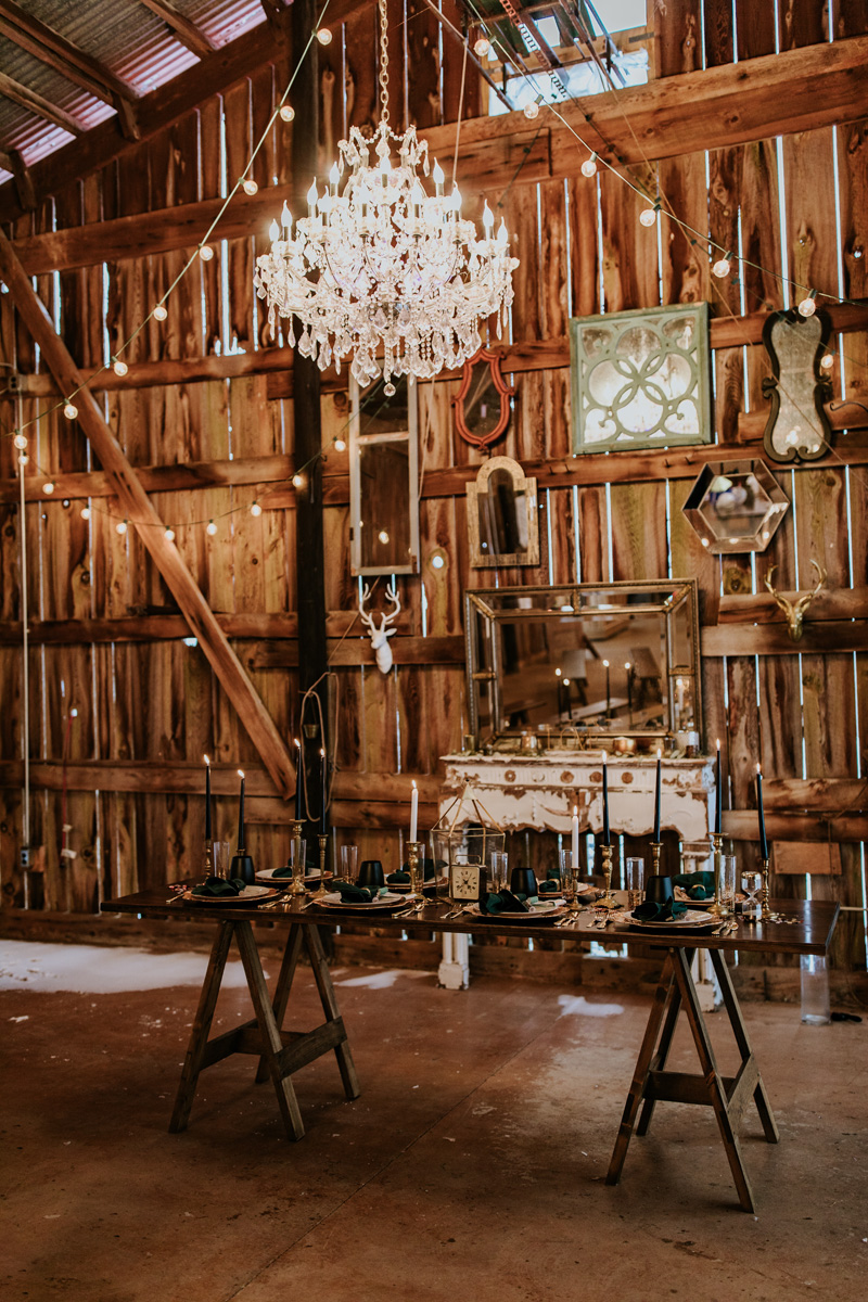 brown-built-rentals-at-gilbertsville-farmhouse-wedding-photography
