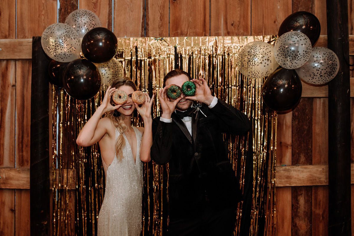 fun-couple-with-donuts-nye-wedding-inspiration