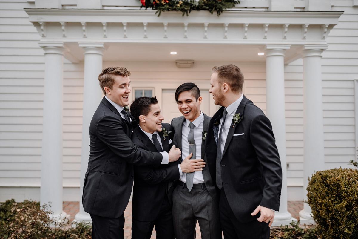 the-ryland-inn-nj-groomsmen-photos