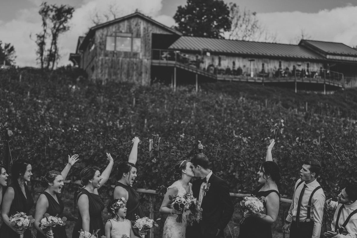 grandview-vineyard-wedding-party-portraits-5