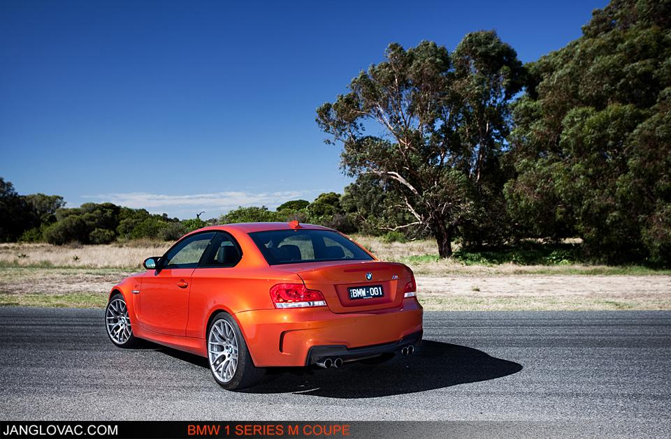 BMW 1M-6.jpg