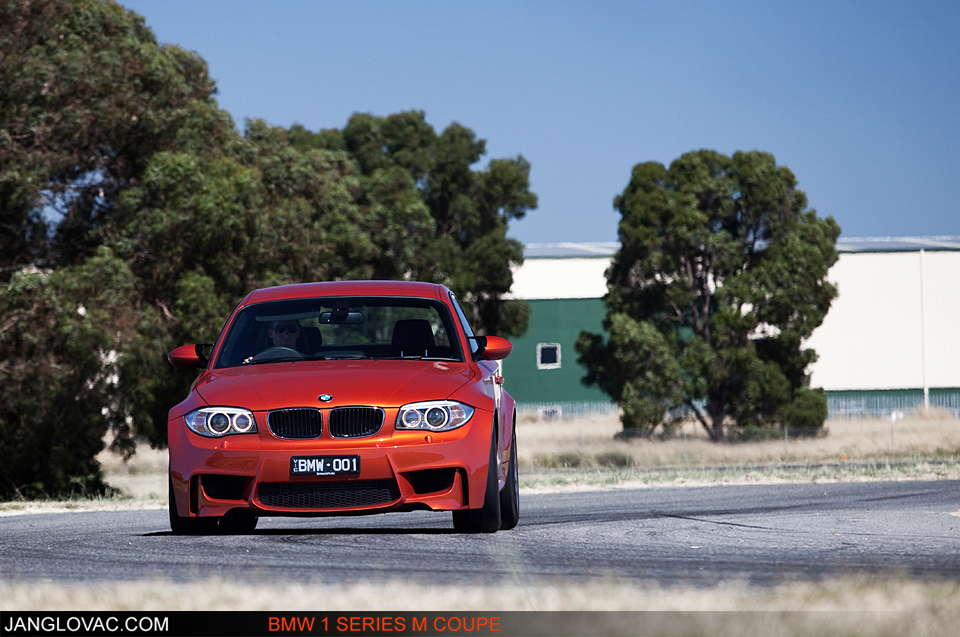 BMW 1M-14.jpg