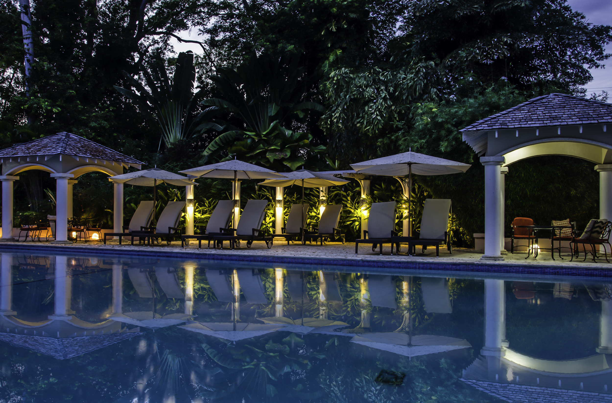 Barbados Pool HDR-Edit.jpg