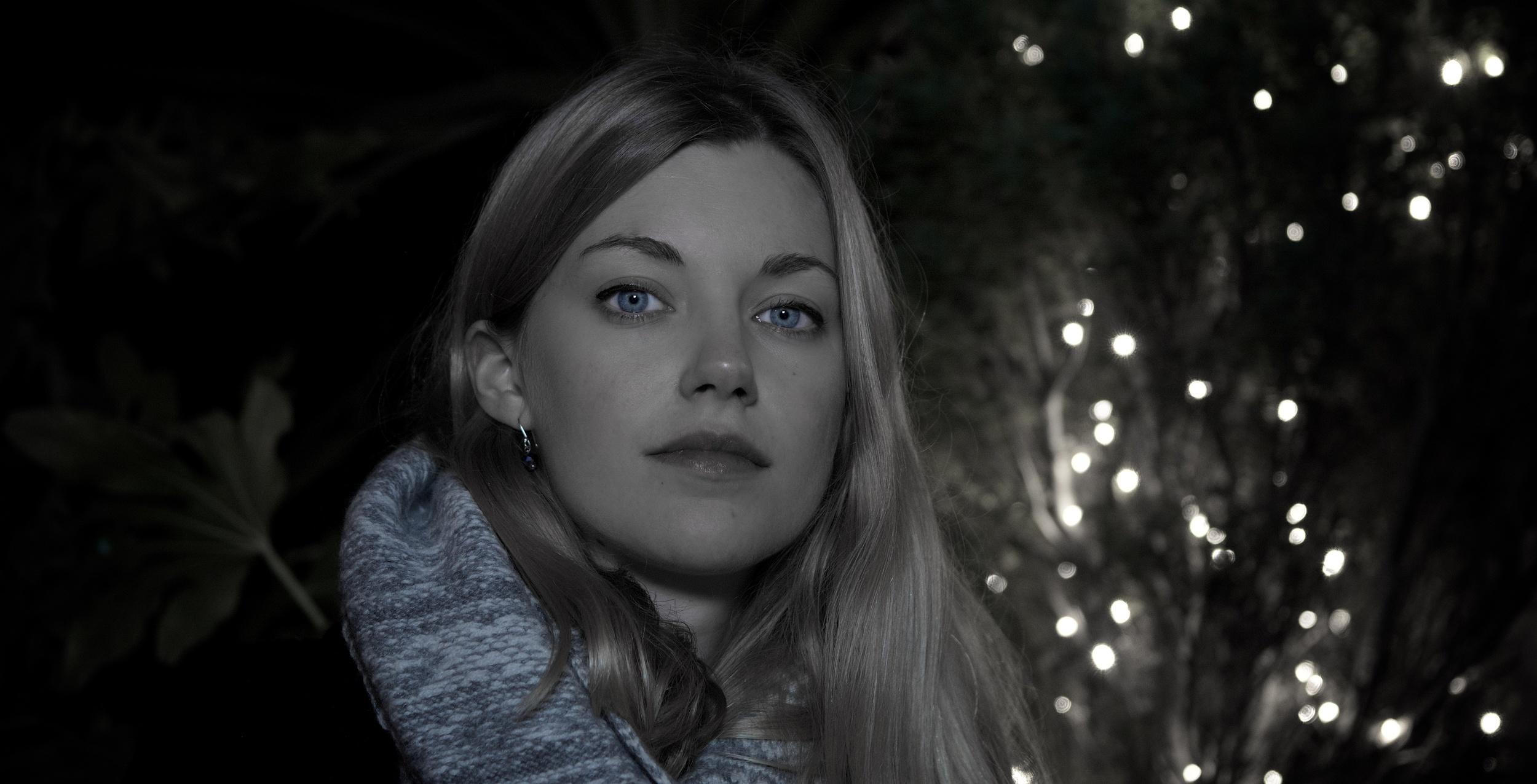 Anna in the Garden - Christmas Day 2014
