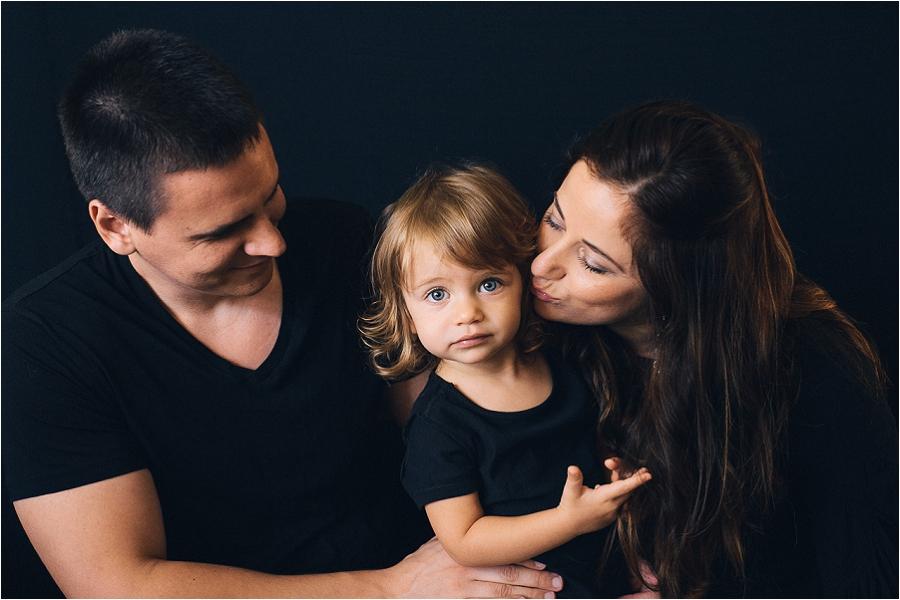 Teodora Dakova Photography-1164_life_style_family_portrait_session_south_florida.jpg