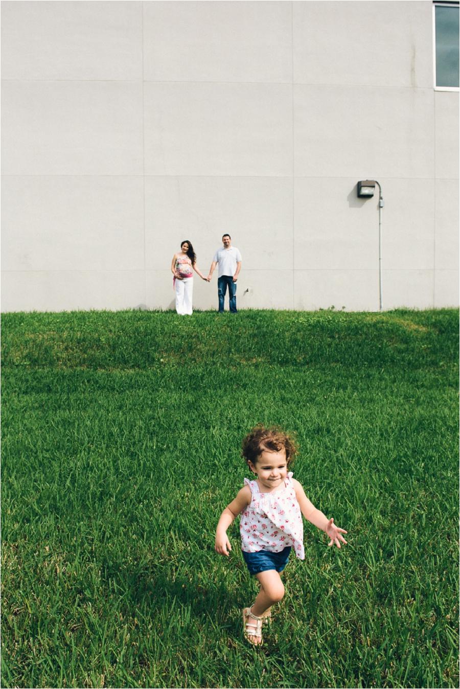 Teodora Dakova Photography-7364_lifestyle_maternity_portrait_session_south_florida.jpg