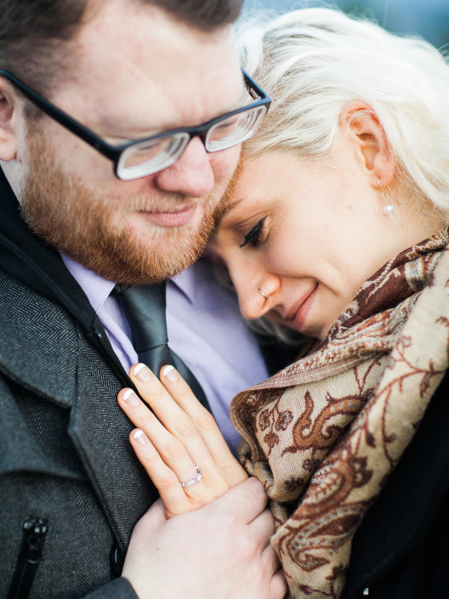 portland-oregon-engaged-engagement-couple-powel-butte-proposal