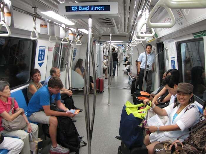 singapore_subway.jpg