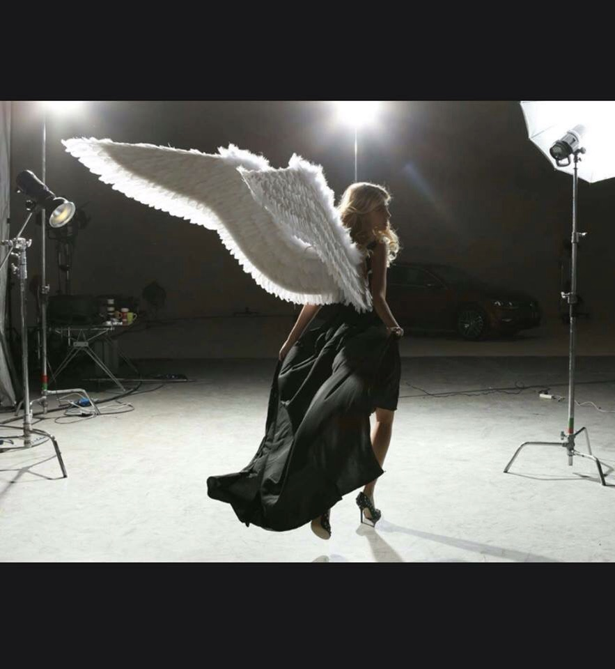 Erin on set as a Victoria's Secret Angel In Shanghai