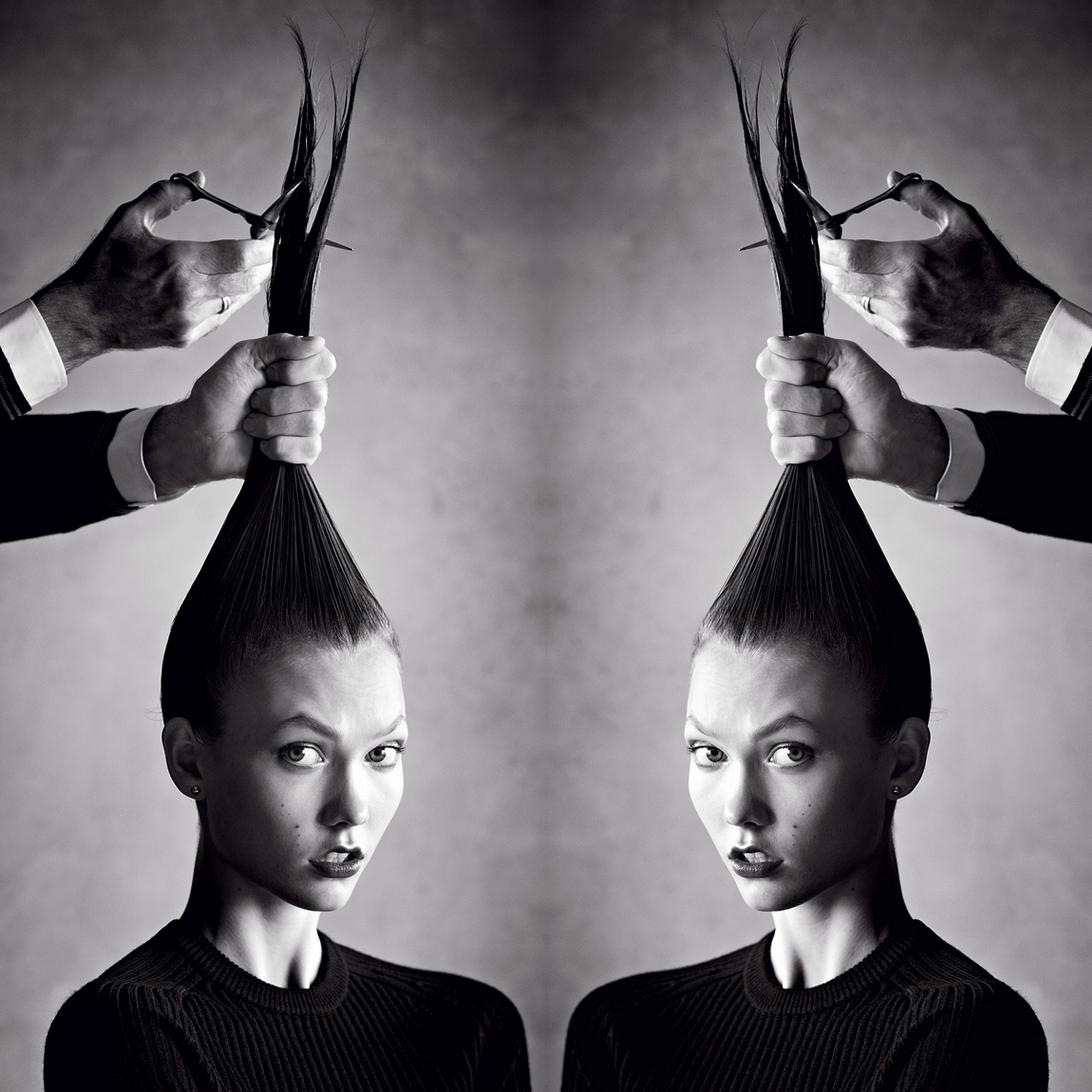 Original image of Karlie Kloss by Patrick Demarchelier for American Vogue ( Source )