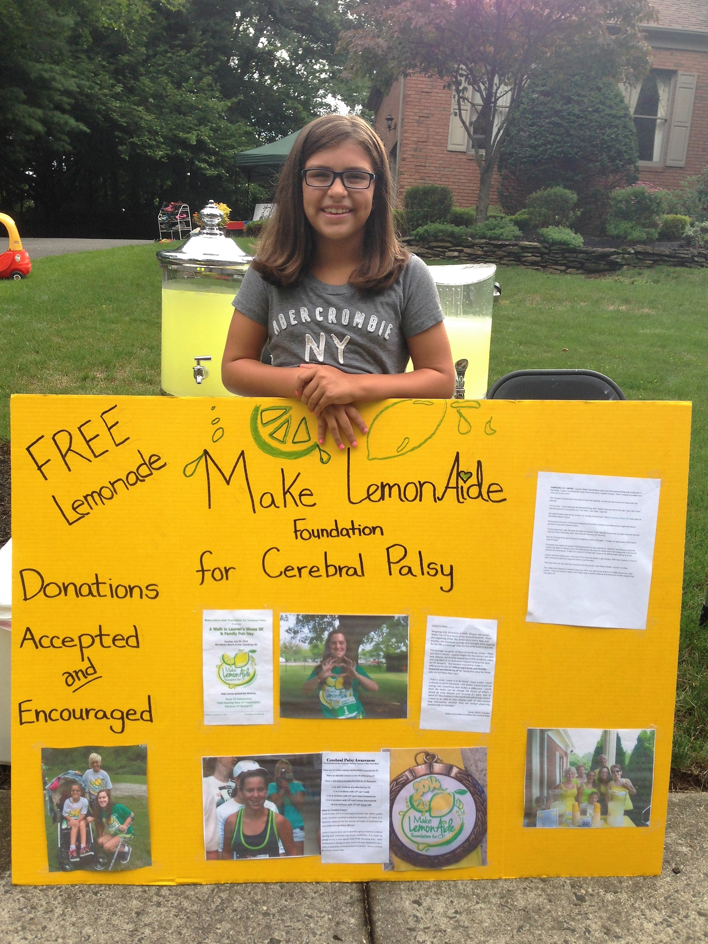 Courageous girl Spreading Awareness and selling lemonaide in her hometown of NJ for Lauren