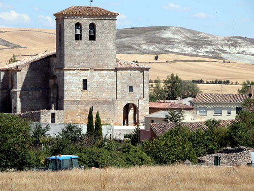 Iglesia de Santiago in Hornillos del Camino