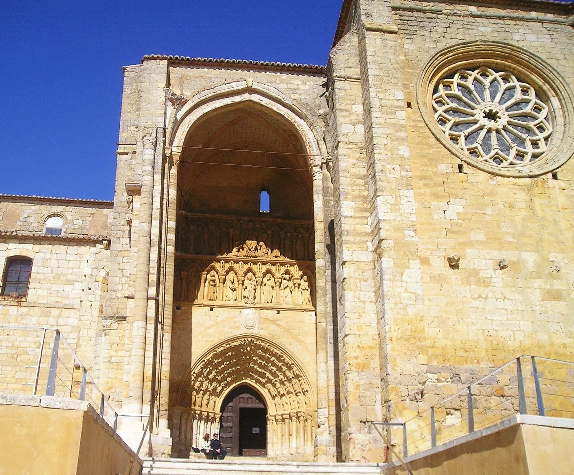 Iglesia Santa Maria la Blanca in Villalcalzar de Sirga