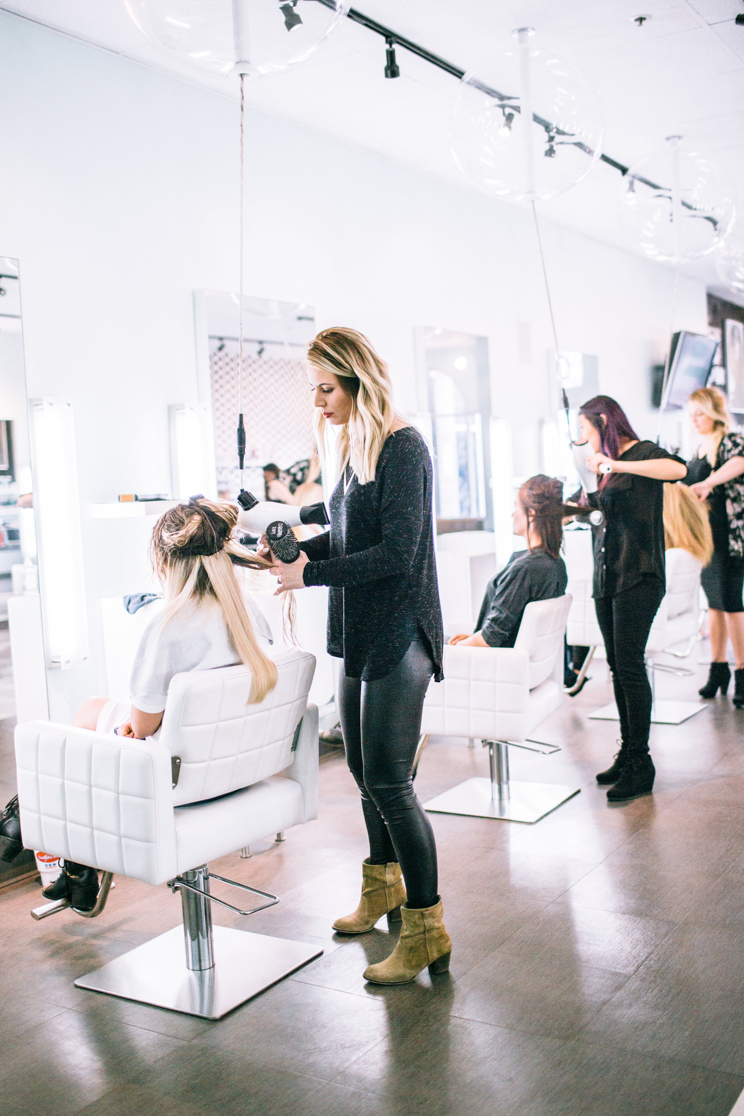 services we offer - At h2blow, we have beauty covered. Our blowouts start with a wash using premium products, include a luxurious scalp massage, and ends with a professionally styled look that lasts for days. We offer a range of treatment add ons and styling options such as braids or updos. Complete the look with a glowing makeup application, hairtalk hair extensions, brow and lash tinting, or facial waxing. Need a longer lasting style? Read up on our Hairtalk Hair Extensions and customizable Brazilian blowouts.Learn more ➝
