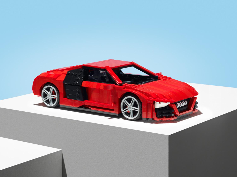 20140620-Audi-Lego-R8-44562-hero.jpg